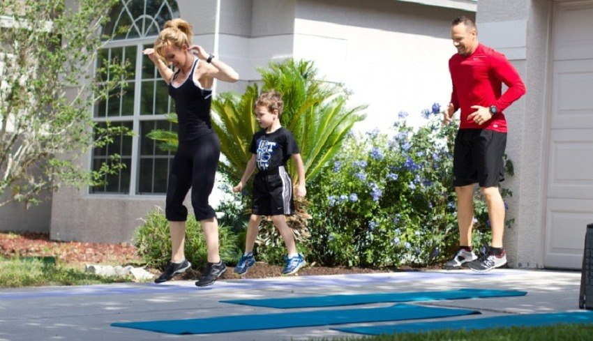 Family workouts that strengthen bodies and bonds