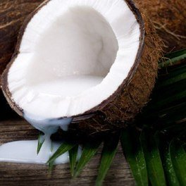 9 Coconut Milk Nutritional Benefits and Recipe