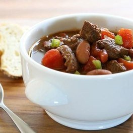 Chicken and kidney beans stew